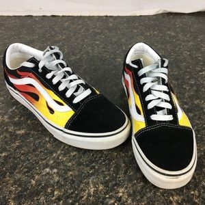 Vans Off the Wall FLAME size 7.5 women's